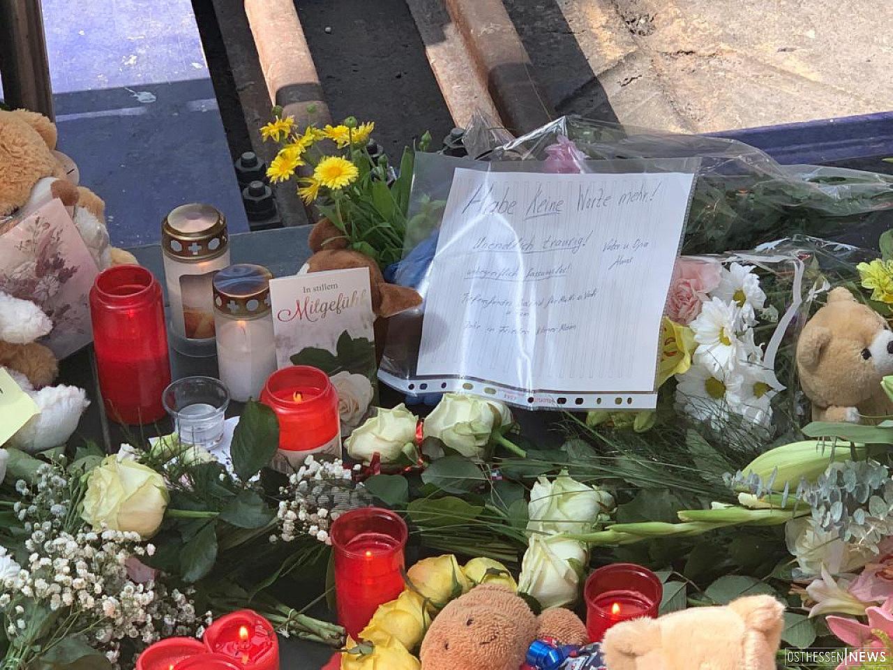Junge vor ICE gestoßen: Nach tödlicher Gleisattacke: Gerichtsverfahren beginnt - Vermischtes