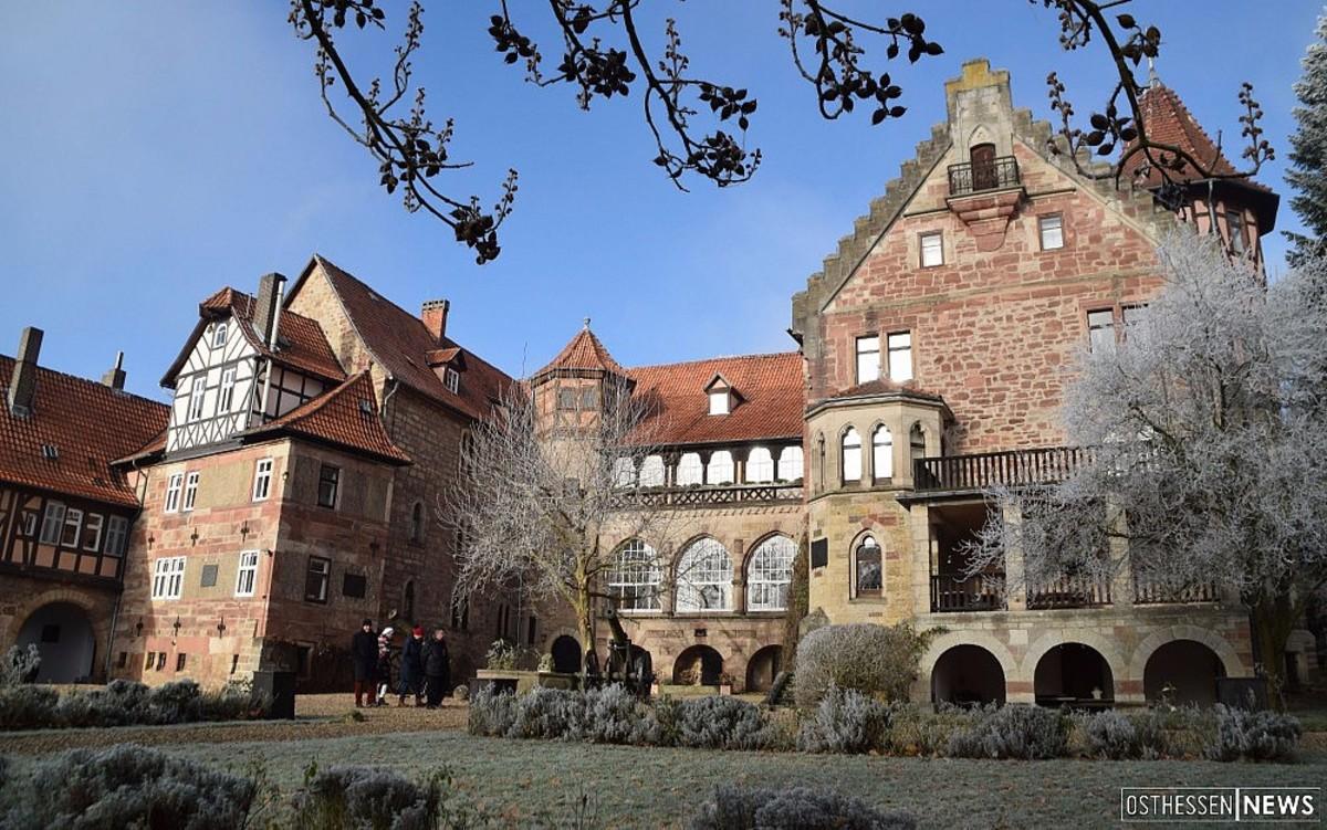 Alexis Prinz Von Hessen Setzt Im Schlosshof Auf Klasse Statt Masse Bilder Herleshausen Osthessen News