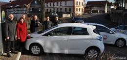 Vom Dach in den Tank: E-Auto für Jugendhilfeverbund St. Elisabeth