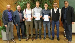 Gesellenbriefe für die Absolventen des KFZ - Mechatronikers