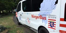 Schlüsselübergabe: Acht weitere Bürgerbusse in Hessen