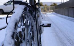 Nässe, Glätte und kalte Temperaturen: So wird das Zweirad winterfest