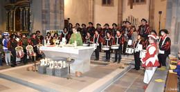 Mit Trommeln und Fanfaren zum Fastnachtsgottesdienst