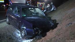 Frontalcrash zwischen Smart und VW: Zwei verletzte Personen