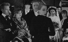 """Theater Mittendrin gibt Noble Verbrechen und (k)ein bisschen Liebe"""""""