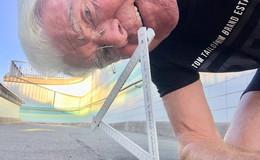 Am Bahnhof Flieden: Asphaltblasen bringen Winfried Möller auf die Palme