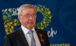 Ein Vorbild für alle - Lothar Plappert erhält Bundesverdienstkreuz