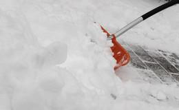 Schnee vor der Tür: Stadt über Pflichten und Konsequenzen bei Nichteinhaltung