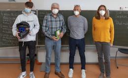 Gerhard Brink von Verkehrswacht Hessen besucht Heinrich-von-Bibra-Schule