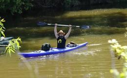 Viele Petri Jünger versuchen ihr Anglerglück, Bootsfahrer on Tour