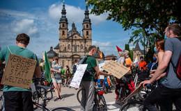 Start der Aktionstage: 200 Fahrrad-Schieber für mehr Klimaschutz