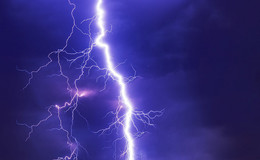 Erneute Unwetterwarnung am späten Nachmittag: Sturmböen bis 100 km/h