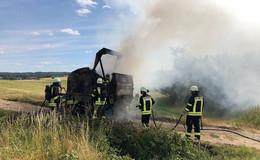 Landwirtschaftliches Gerät in Brand geraten