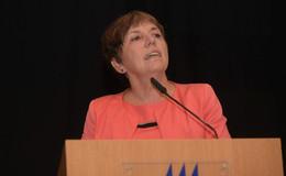 Margot Käsmann macht Frauen Mut  - EKKW-Landesfrauentag im Stadtsaal