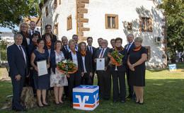 VR-Bank Fulda ehrt verdiente Mitarbeiter