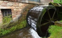 Über 60 Wasserkraftbetreiber diskutierten ihre zum Teil bedrohliche Lage