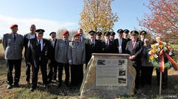 Kyffhäuser- und Reservistenkameradschaft Grüsselbach enthüllt Gedenkstein