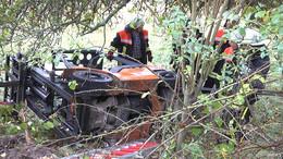 Tödlicher Unfall mit Gabelstapler - 27-jähriger Fahrer stürzt Hang hinab
