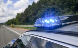 Unfall mit vollbesetztem Reisebus - 39 Insassen unverletzt