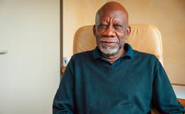 Dr. Cyril King: Ich möchte diese Hausarztpraxis retten