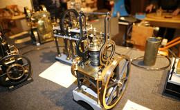 Spielzeug wie Anno dazumal: Dampfmaschinen, Puppenstuben...