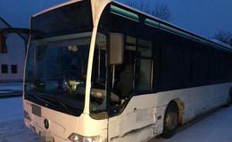 Pkw gegen Bus: Unfall auf der B458 Höhe Grabenhöfchen
