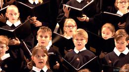 Knapp 30 neue Sängerinnen und Sänger im Jugendkathedralchor aufgenommen