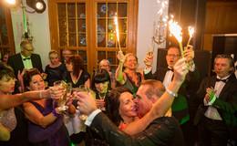 Bilderserie (11): Die wilde Party ab Mitternacht: Partyhits im kleinen Saal