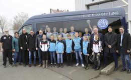 Heinz Trox-Stiftung sponsert Mannschaftsbus für den TV Hersfeld