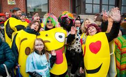 Straßenkarneval begeistert - Bilderserie (2) von Christian Schmitt