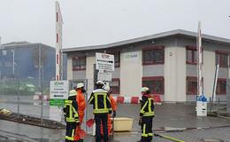 Kristalliner Stoff ausgetreten: Feuerwehr in Rodges im Einsatz