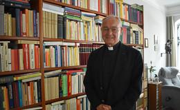 Heinz Josef Algermissen: Der ehemalige Bischof hat endlich wieder Zeit zu lesen