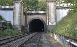 Sanierung des Hönebach-Tunnels: Sperrung dauert einen Monat