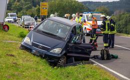 Medizinischer Notfall: 50-Jähriger verstirbt nach Autounfall