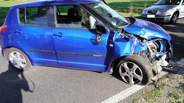 Verkehrsunfall bei Kerspenhausen - Frau prallt mit Kleinwagen gegen Baum