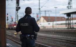 Langfinger unterwegs: 32-Jähriger bestiehlt Mitreisenden im ICE - Laptop weg!