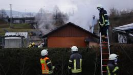 Gartenhütte in Brand: Ofen war ersten Erkenntnissen zufolge der Auslöser