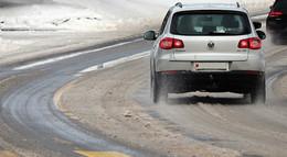 ADAC gibt Tipps zur Fahrt bei Eis und Schnee