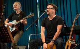 From Home to Home - Marisa Linß und Paul Adamaschek zeigen Solidariät