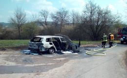 In Imshausen: Pkw brennt komplett ab - keine Verletzten