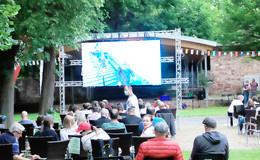 Public Viewing im Schlosspark: Deutschland verliert gegen Frankreich