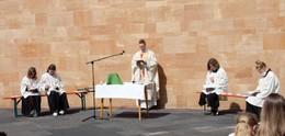 Ministrantinnen und Ministranten des Bistums feiern dezentralen Minitag