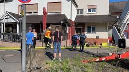 Rauch aus Wohnung: Leitstelle meldet Brand im Gasthof Ebert