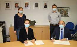 Wigbertschule und Hochwald Foods schließen Kooperationsvertrag