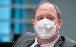 Kanzleramtschef Dr. Helge Braun (CDU) warnt vor neuer Virus-Mutation
