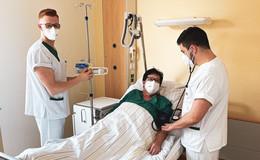 Schüler leiten eine Station am Helios St. Elisabeth-Krankenhaus