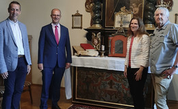 US-Generalkonsulin Fiona Evans erfolgreich auf Ahnensuche