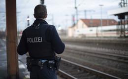 Zwischenfall im Zugwaggon: Bundespolizisten von Schwarzfahrern angegriffen
