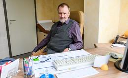 Praxis von Dr. Peters (73) schließt: Begebe mich in Behandlung