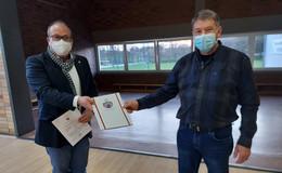 Rainer Feldpusch im Amt als Ortsvorsteher in Eifa bestätigt